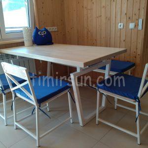 Комплект стол и стулья из металла и дерева