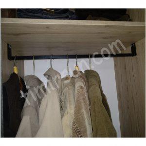 Металлическая штанга для одежды на заказ